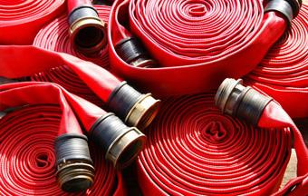 Зачем и как часто производится перекатка пожарных рукавов