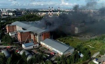 За 19 часов огонь на Складской не потушили окончательно, пострадавшие — без сознания