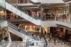 Приставы закрыли крупный торговый центр в Кемерово из-за нарушений пожарной безопасности